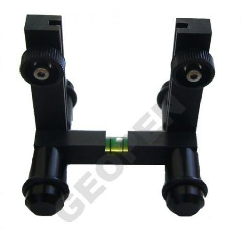 Držák cílového terče pro potrubní laser